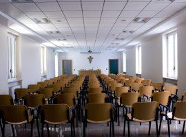 Salone da centro posti a sedere